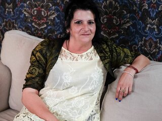 LadyAnneMary lj